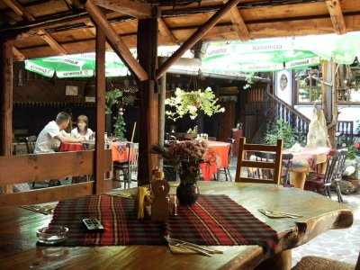 Inside the Courtyard Restaurant AbAO NEHE in Bansko
