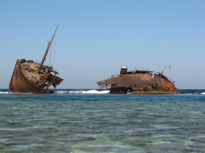 The wreck of the Maria Schröder, ran aground on the reef in 1997